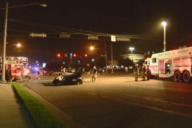 Auto queda destruido tras choque en McAllen