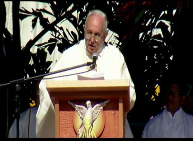 Papa Francisco celebra eucaristía en Bolivia
