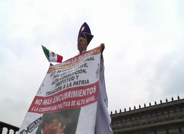 Peña Nieto reconoce desconfianza en rendición de cuentas