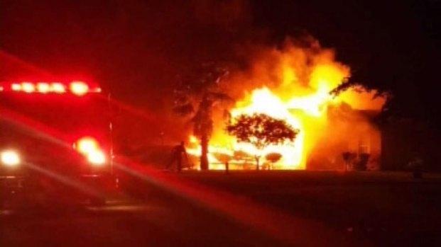 Fotos: Familia pierde su hogar por incendio