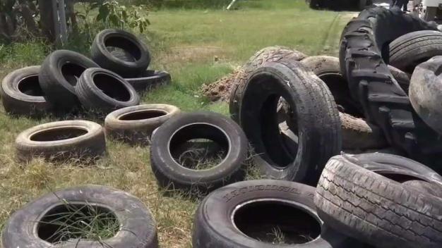 Aceptarán neumáticos de residentes del Precinto 4