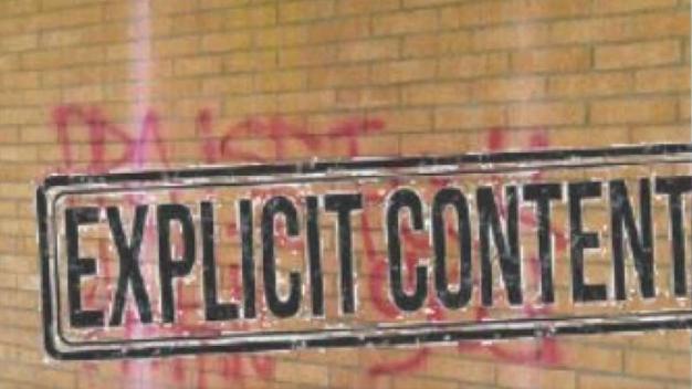 Buscan a responsables de vandalizar iglesia con grafiti
