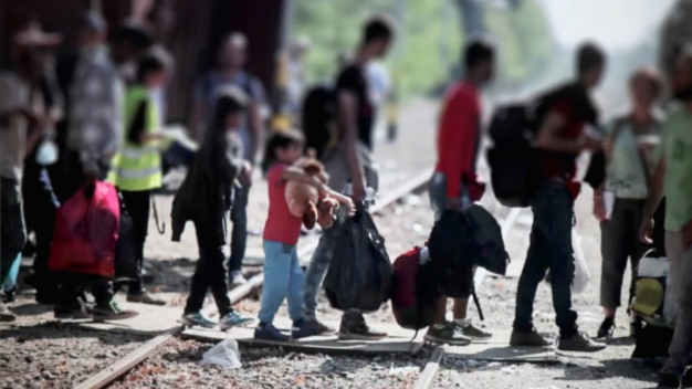 McAllen: reabren centro de migrantes tras caso de gripe