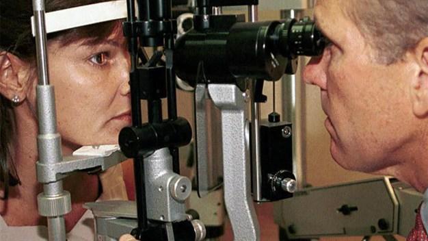 Ofrecen exámenes de la vista a bajo costo