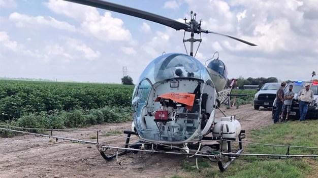 Helicóptero se impacta contra líneas eléctricas