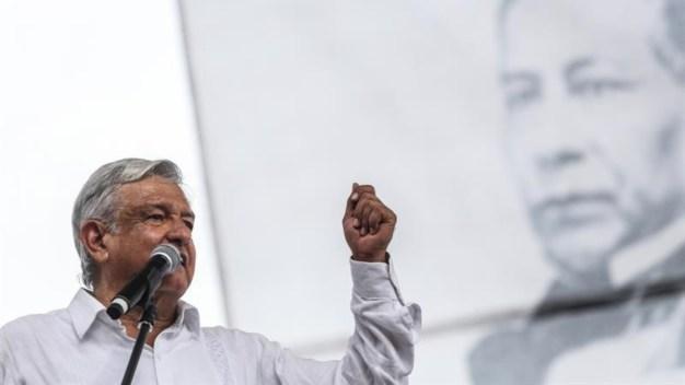 Si el pueblo quiere, AMLO iría tras expresidentes