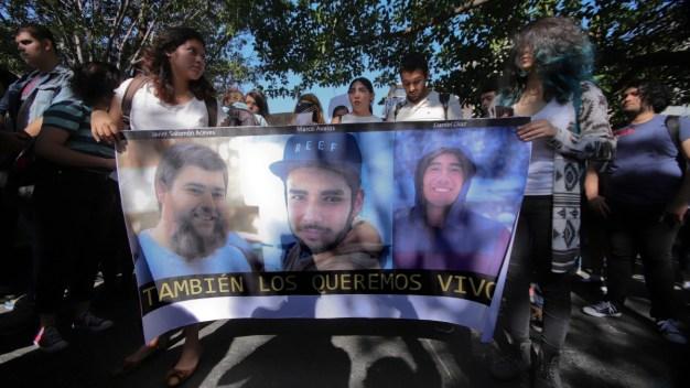 Jóvenes salen a protestar por desapariciones