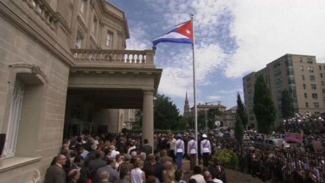 Bandera cubana vuelve a izarse en Washington