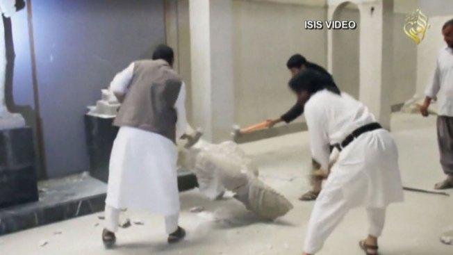 Vídeo capta a ISIS destruyendo obras milenarias