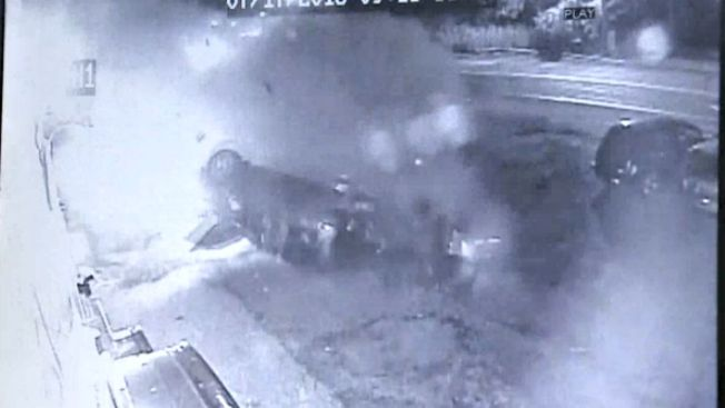 Revelan video de brutal choque en concesionario