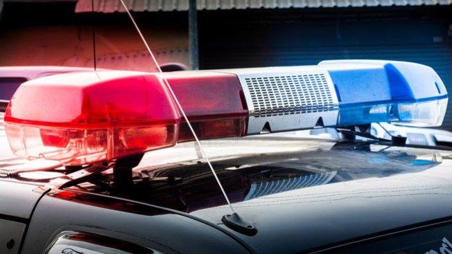 Renuncia policía acusado de posesión de droga