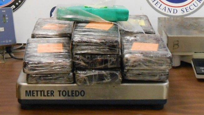 Confiscan $277,780 en cocaína