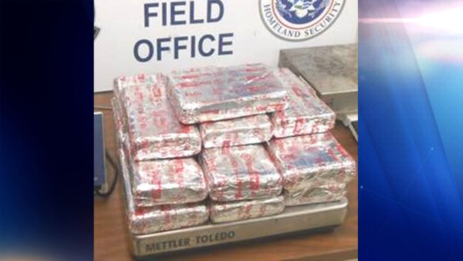 Arrestan a joven con $338,640 en cocaína