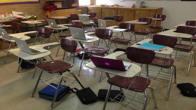 Operativo provoca cierre de portón en escuela