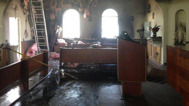 Fuegos intencionales en iglesias de Hargill