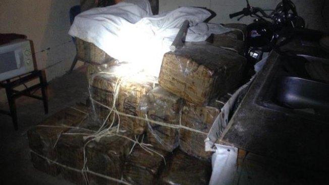 Arrestan a dos hombres con $2 millones en marihuana