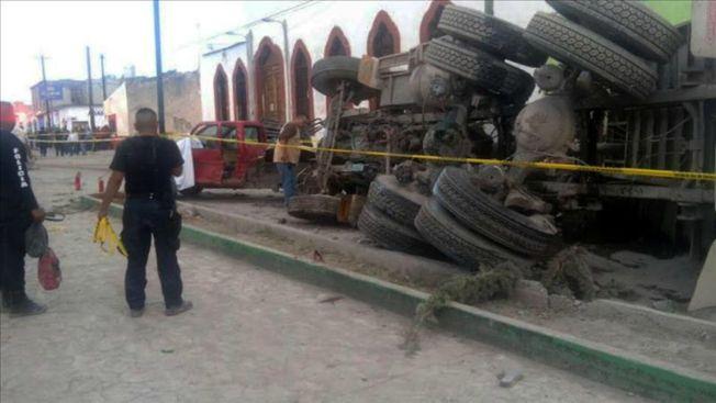 Identifican al chofer que mató a 29 en México