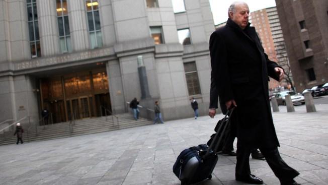 Otro alejamiento: renuncia el abogado personal de Trump