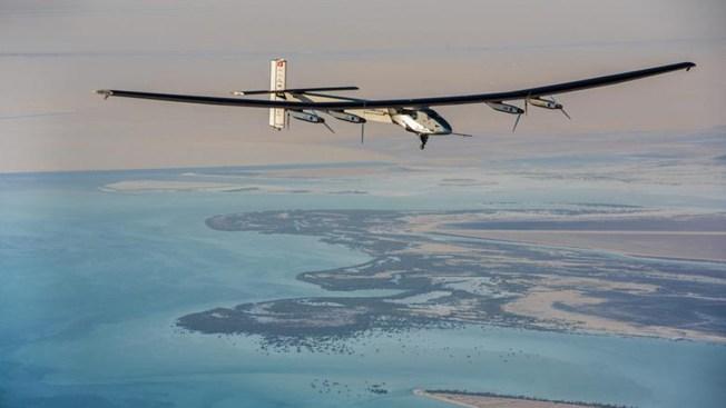 Avión comienza vuelta al mundo ¡sin gasolina!