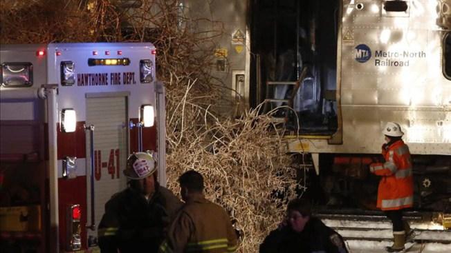 6 muertos y 15 heridos por choque de tren y auto