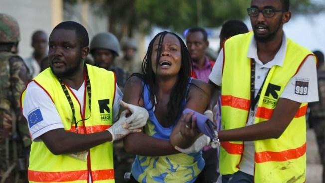 Matan a 147 en universidad de Kenia