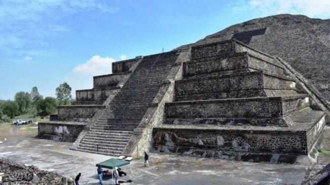 México: hallan posible túnel debajo de Pirámide de la Luna en Teotihuacán