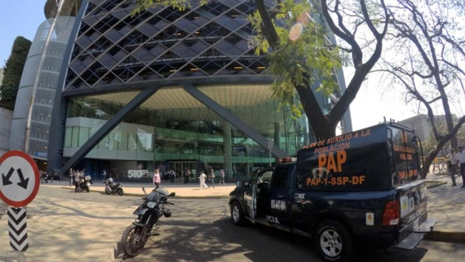 Banco desaloja dos de sus sedes por amenazas