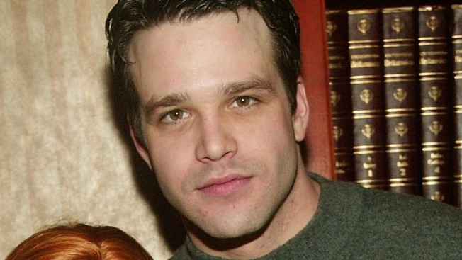 Actor Nathaniel Marston muere tras accidente