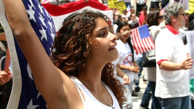 Dreamers sufren rechazo al volver a México