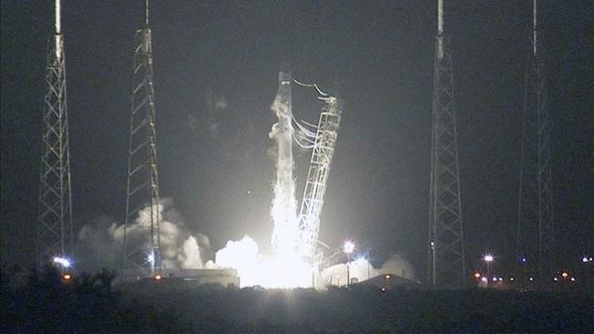 SpaceX lanza carga para Estación