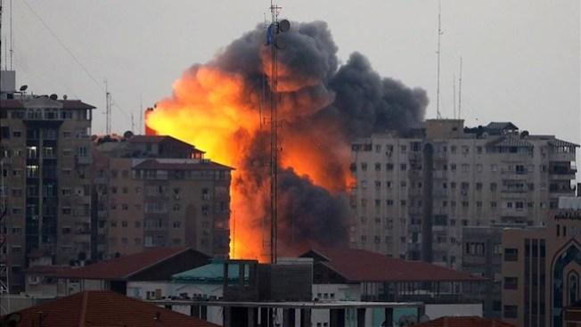 Israel derriba torre de 7 pisos en Gaza