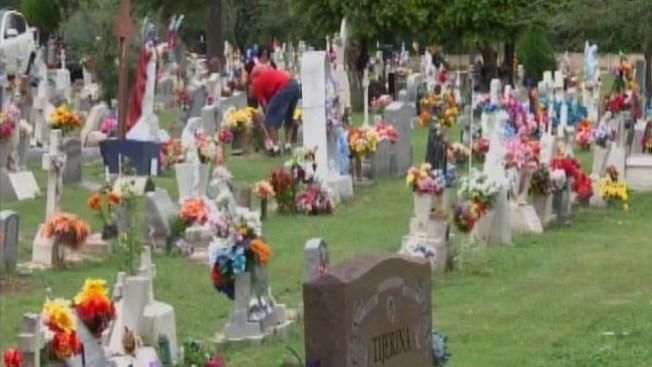 No olvidan a sus muertos