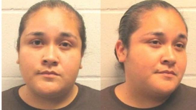Arrestan a mujer por robo