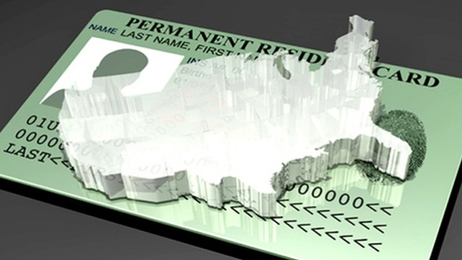 USCIS: 990 mil green cards en 2013