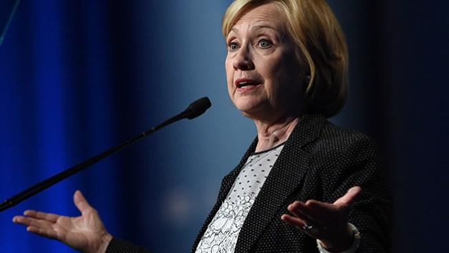 Hillary considera lanzarse para presidente