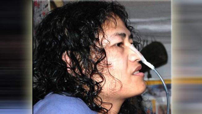 En huelga de hambre, come por la nariz