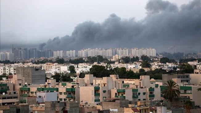 Islamitas toman sede de EEUU en Libia