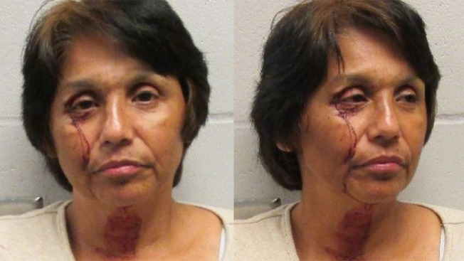 Mujer es arrestada por guiar intoxicada
