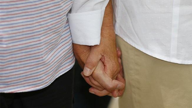 Florida: Juez emite fallo a favor de gays