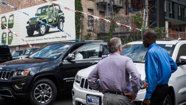 Furor por dispositivo instalado en carros