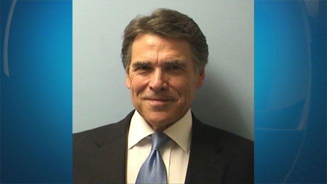 Perry se declara inocente de coerción