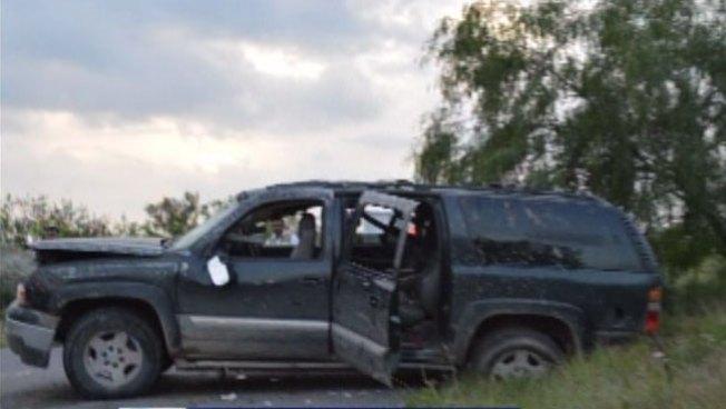 Hombre muere al volcarse auto en Reynosa