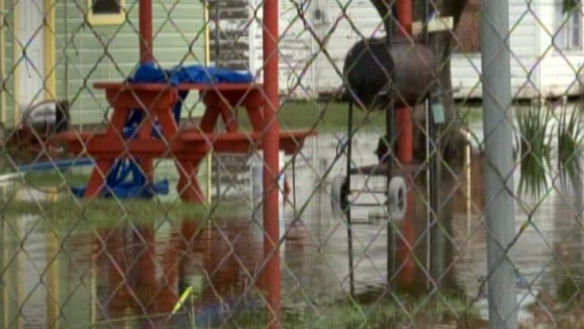 FEMA abre centro para los afectados por tormentas