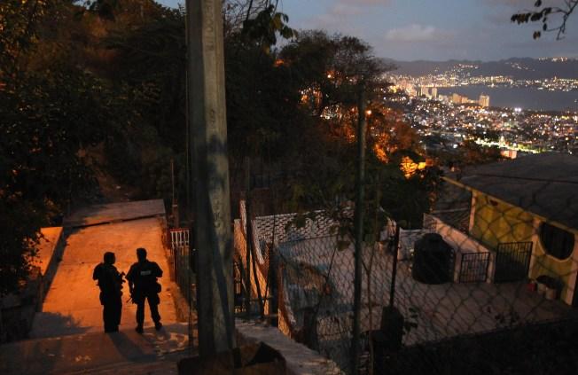 Hallan 10 cadáveres en Acapulco