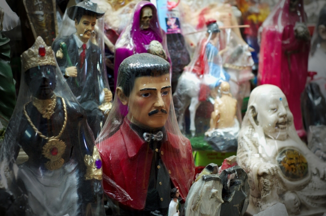Conoce a Malverde, el santo patrono del narco