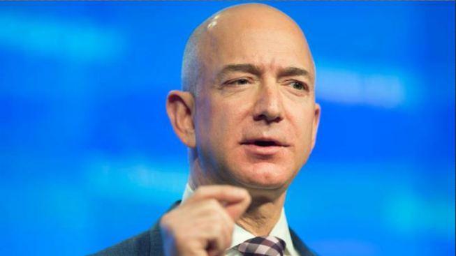 Fundador de Amazon hace millonaria donación en becas para Dreamers