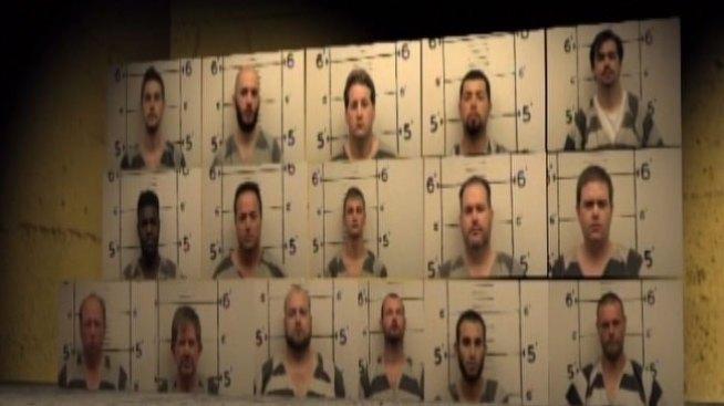 Arrestan a presuntos depredadores sexuales en Texas