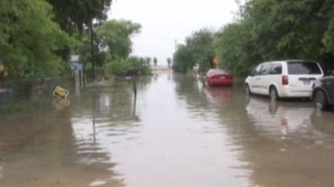 Ayuda para afectados por inundaciones