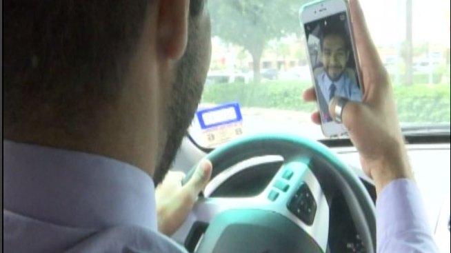 Conducir y usar el celular es mala idea